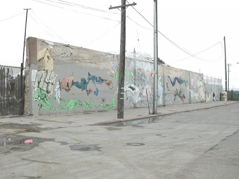 http://www.aaronnoble.net/files/gimgs/th-10_China Basin mural with Andrew Schoultz 2001.jpg